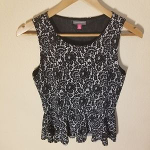 Vince Camuto Floral Women's Top Size Small